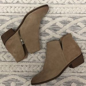 Splendid Hamptyn Tan Suede Bootie